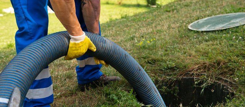 como limpiar una fosa septica